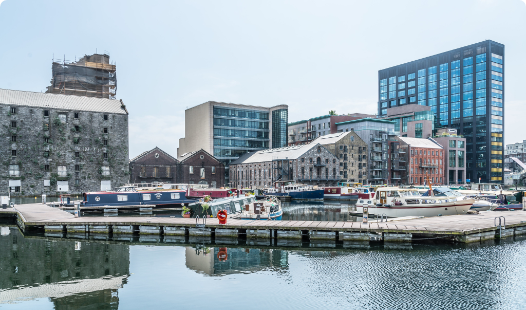 Image of grand canal to showcase commercial finance